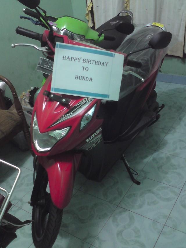 Happy B'Day bundaaa....