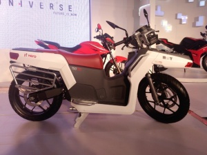hero-rnt-diesel-scooter-concept-tdi-photo-image-30012014-g9_640x480